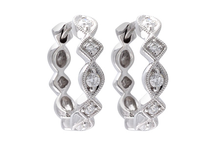 E037-46007: EARRINGS .22 TW